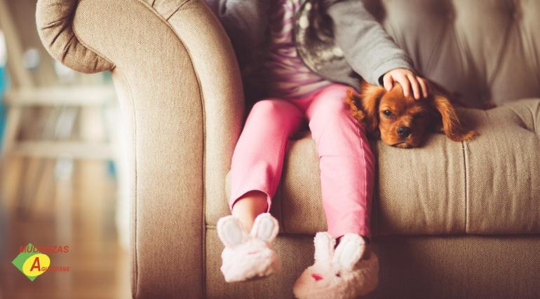 cómo hacer una mudanza con niños