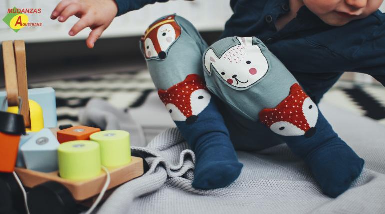 Aprovecha el espacio de un guardamuebles para guardar las pertenencias de tus hijos