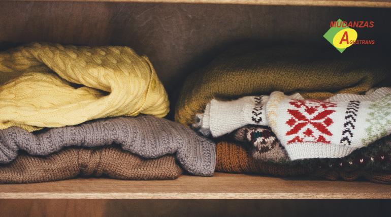 Las bolsas al vacío para ropa son las mejor opción para ahorra espacio y transportar tus prendas.