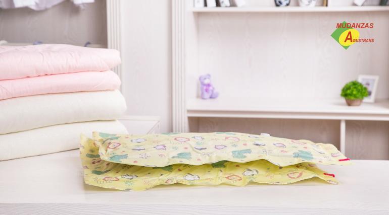 Guardar ropa al vacío te ayudará con los problemas de espacio en tu hogar.