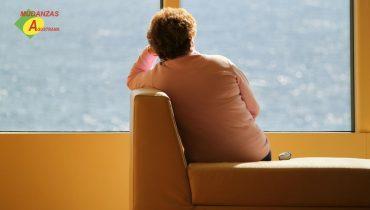 Sentir tristeza por una mudanza es un síntoma muy normal entre las personas que cambian de casa, pero es fácilmente superable.
